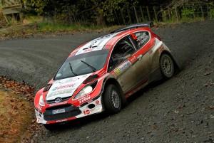 Rally versenyfelszerelés és ruházat